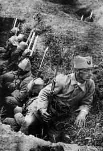 Infanterie turque dans les tranchées